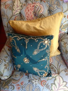 pillow start online boutique